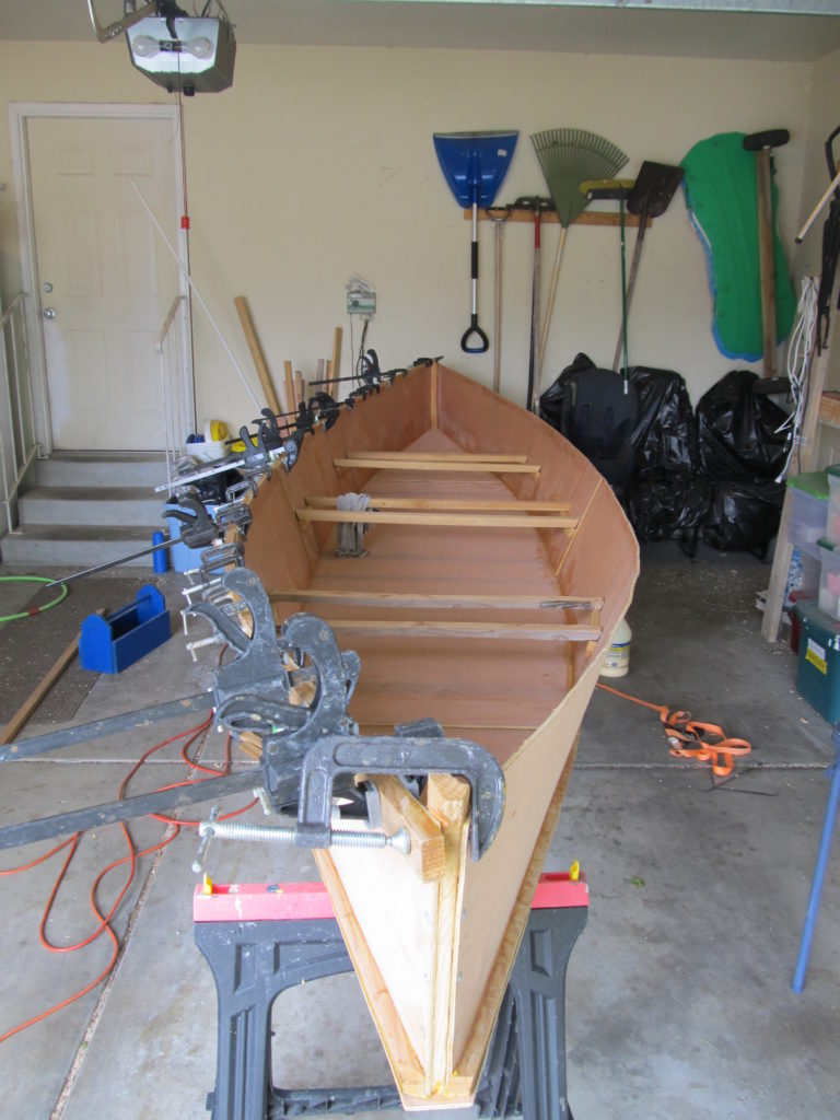 The gunwale really evened out the curve on that side. I can't wait to see what the boat looks like with both gunwales.